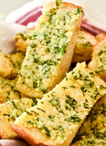 Garlic Bread slices in a bread basket
