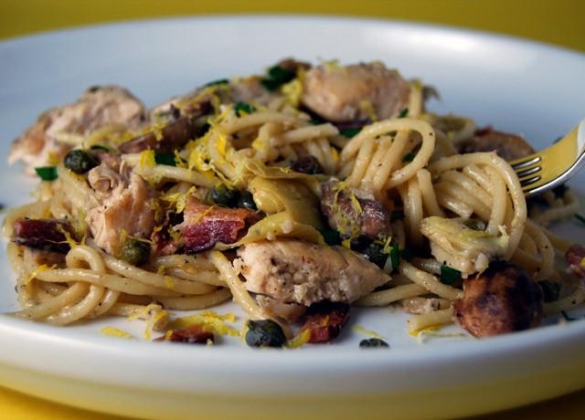 Creamy Artichoke and Chicken Pasta: