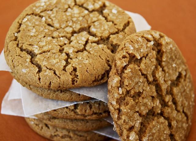 molasses_spice_cookies