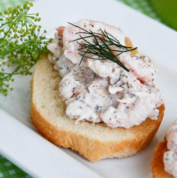 shrimp_salad_toasts
