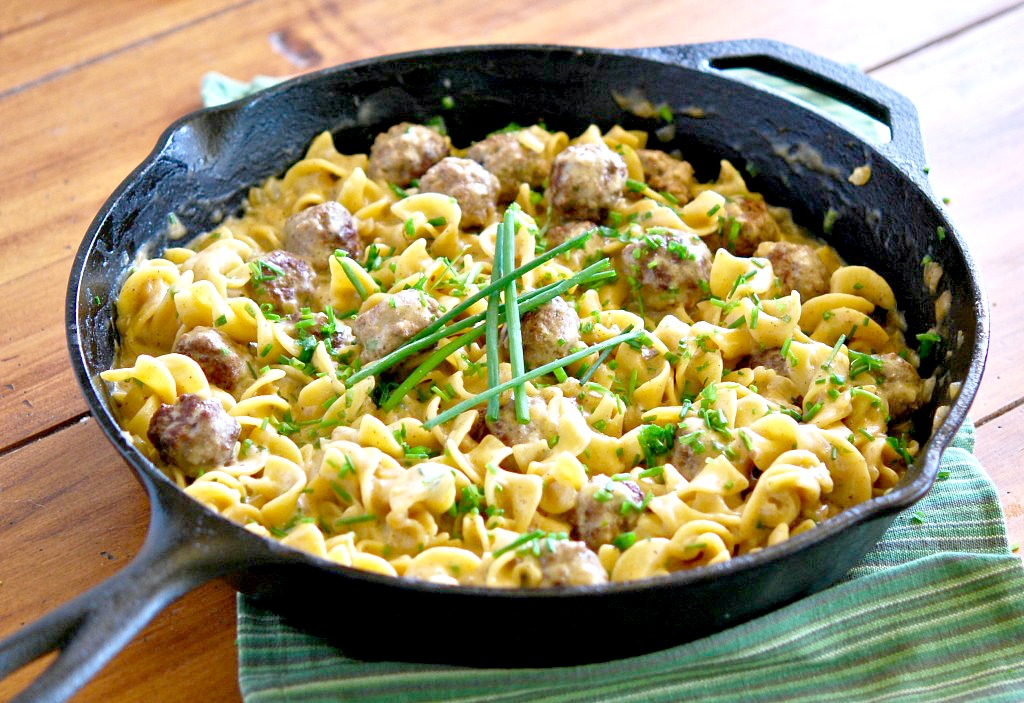 Skillet-Meatballs-and-Noodles-in-Creamy-Herb-Sauce
