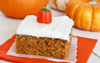 Pumpkin Cake with Cream Cheese Frosting 1-0035