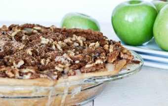 Sour Cream Apple Pie 1-0072