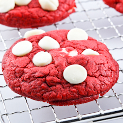 Red Velvet White Chocolate Chip Cookies 250LR (1 of 1)