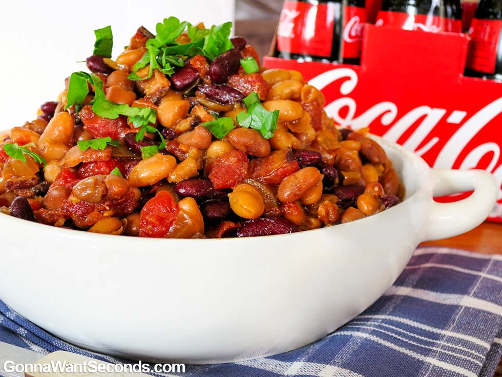 Easy Baked Beans in a bowl