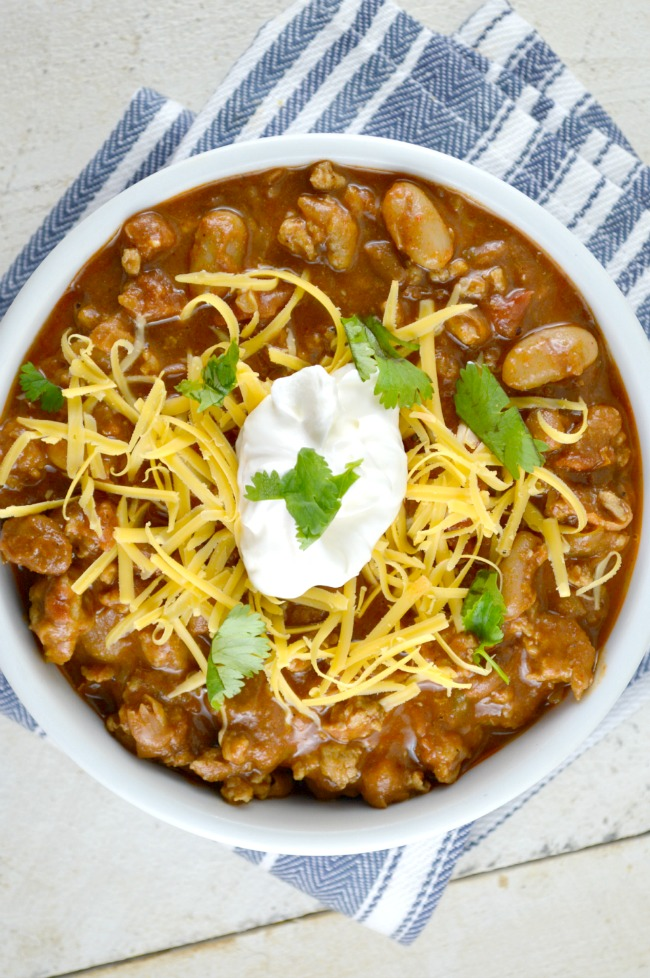 Healthy and Hearty Chicken Chili - Gonna Want Seconds