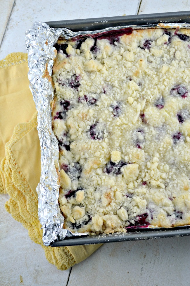 Blackberry Pie Bars - Gonna Want Seconds