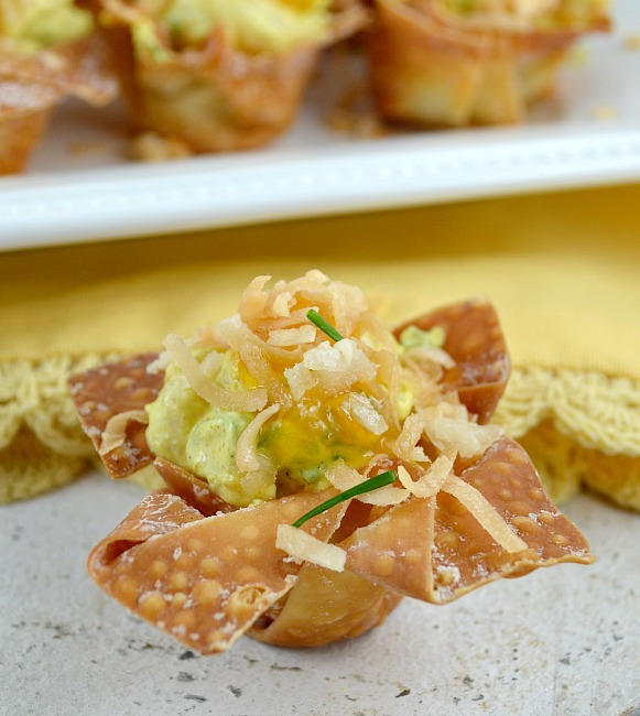 Curried Shrimp in Crisp Wonton Cups