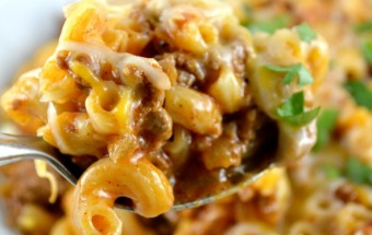 Skillet Cheesy Chili Mac