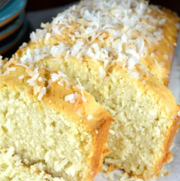Old Fashion Coconut Cake
