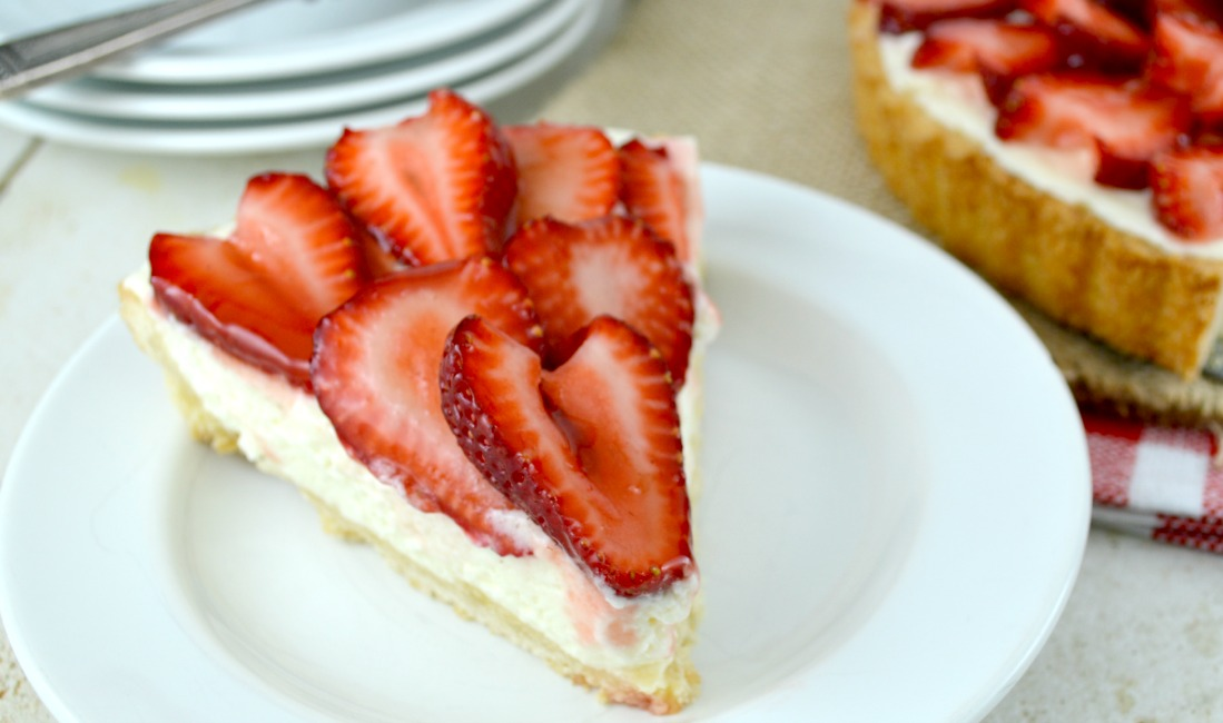 Strawberry White Chocolate Mousse Tart - Gonna Want Seconds
