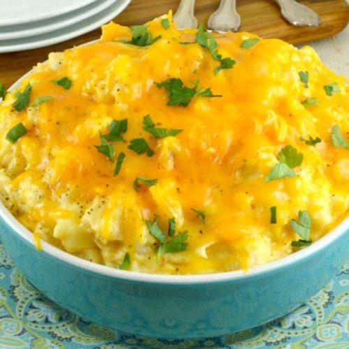 The Best Crock Pot Cheesy Potatoes