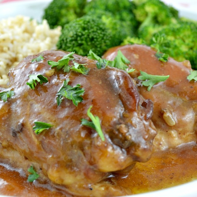 Brown-Sugar-Crock-Pot-Chicken-3-640x640
