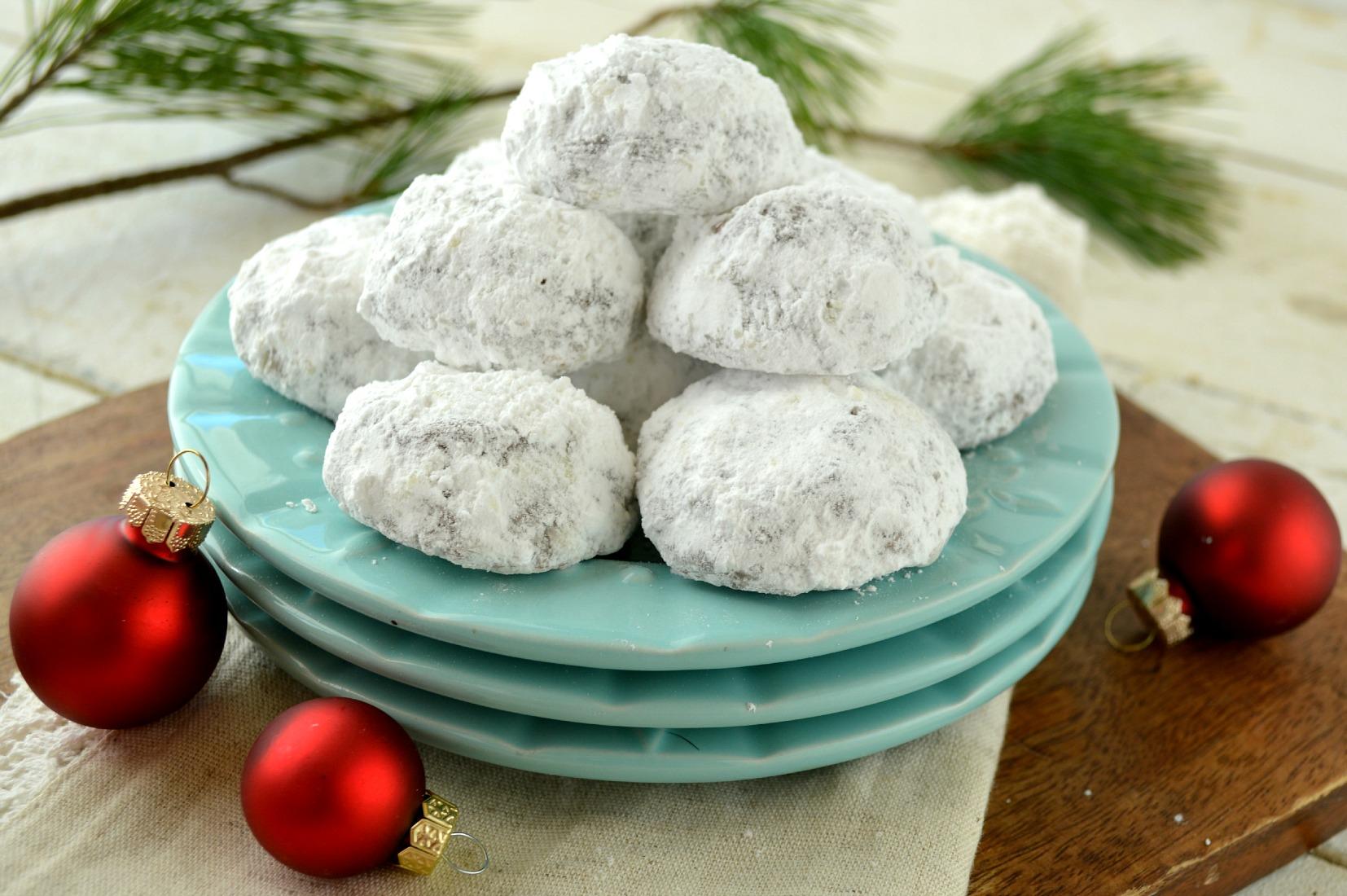 Double-Chocolate-Snowballs