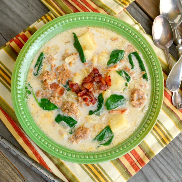 One-Pot Zuppa Toscana Recipe-Copycat Olive Garden Recipe