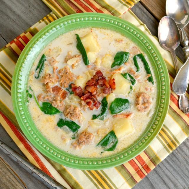 One-Pot Zuppa Toscana Recipe-Copycat Olive Garden Recipe