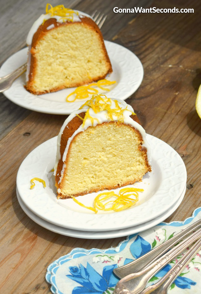 Lemon Cream Cheese Pound Cake | GonnaWantSeconds.com
