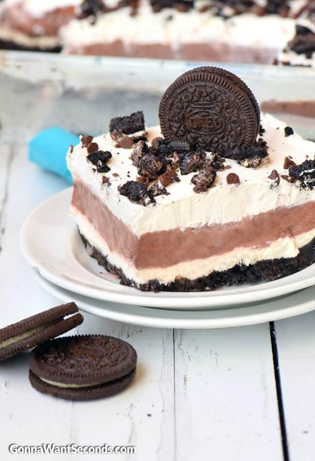 Chocolate Lasagna-this Amazing, super easy to make dessert is made from Oreos, chocolate pudding, whipped cream and cream cheese-Who can eat just one piece????