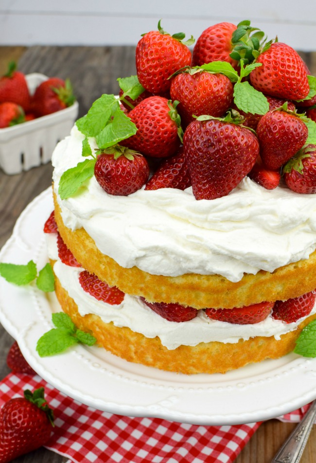 strawberry shortcake cake gonna want seconds