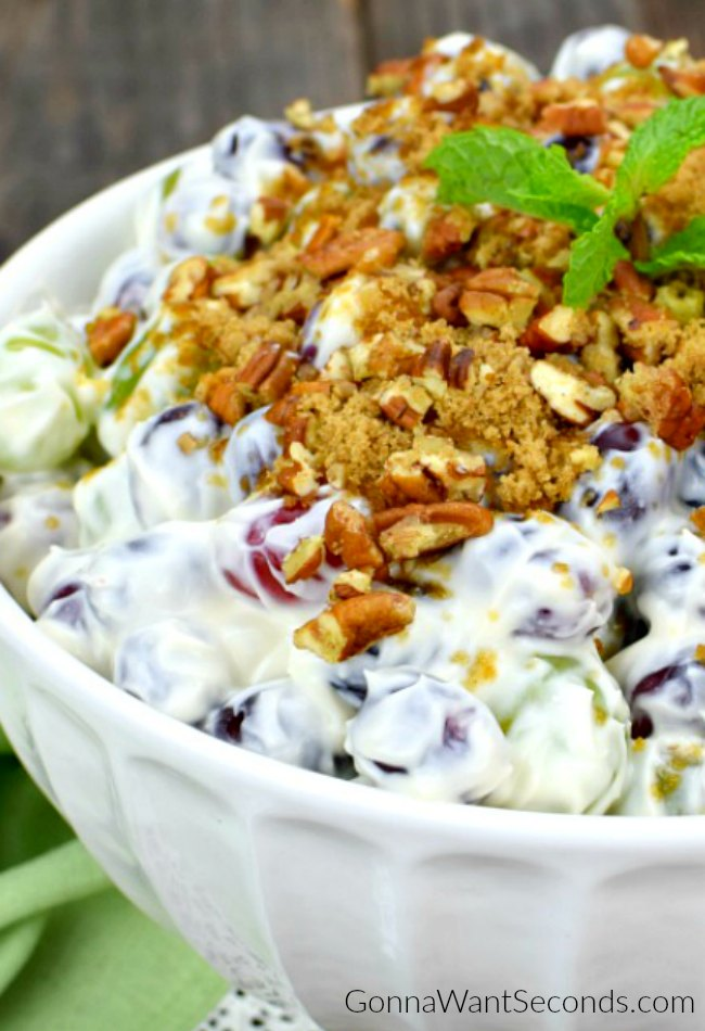 Easy Grape Salad-Gonna Want Seconds