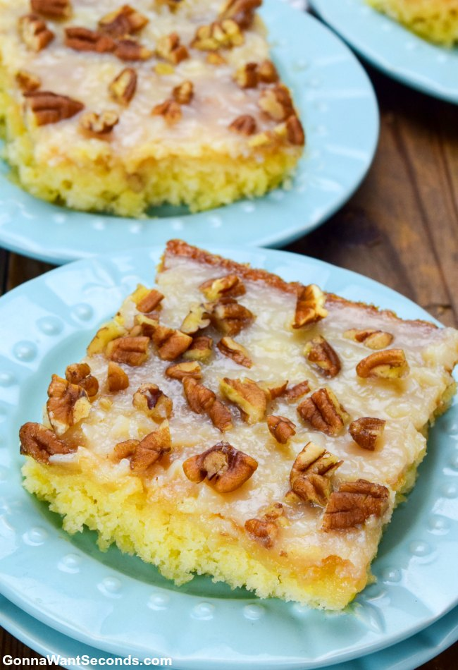 Easy Pineapple Sheet Cake