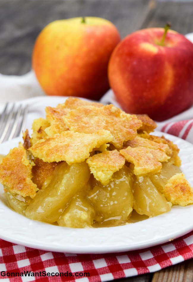 Apple Dump Cake Recipe And Buttery Crumb Top Gonna Want Seconds