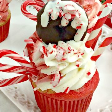 Candy Cane Fantasy Cupcakes