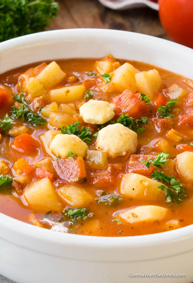 Manhattan Clam Chowder in a white bowl