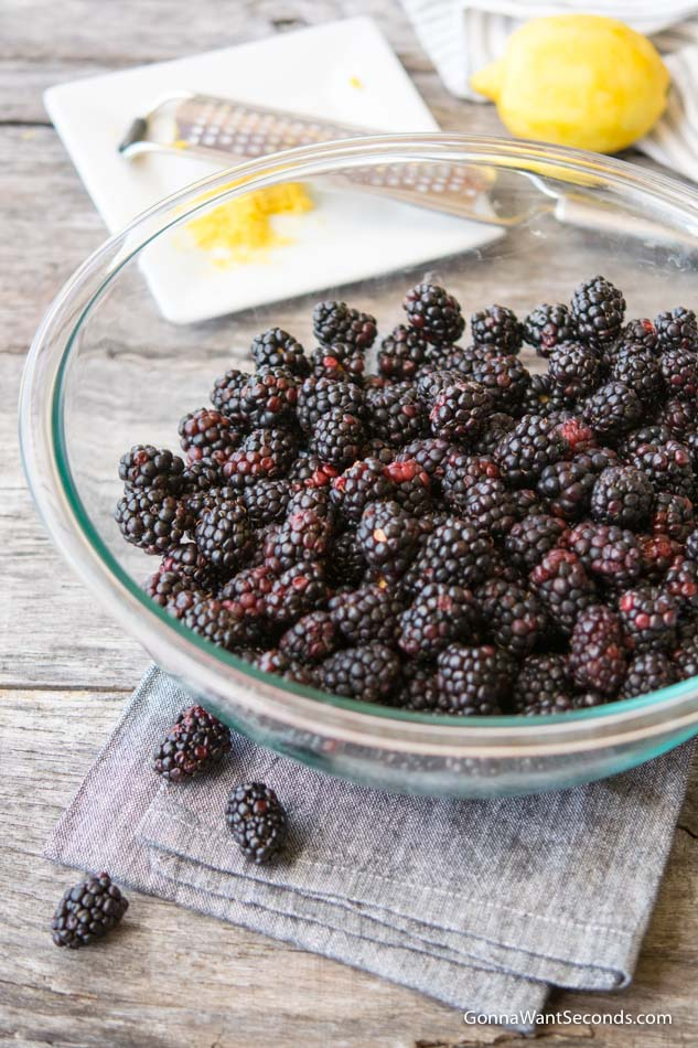 Fresh Blackberries in a clear glass bowl