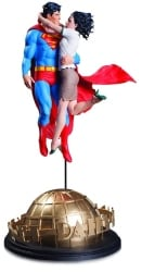 24 Best Christmas Gifts For Your Hubby Superman Lois Lane Statue By Gary Frank 1