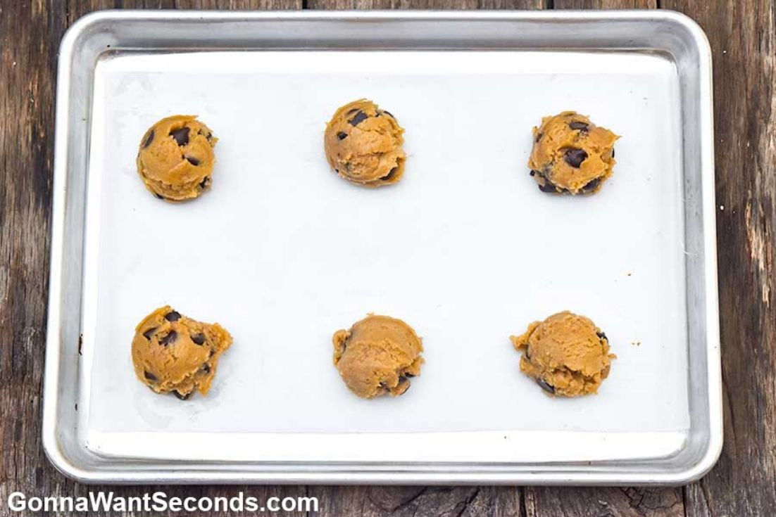 How to make Alton Brown chocolate chip cookies, cookie dough on a baking sheet