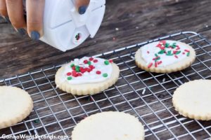 How to make Christmas Butter Cookies, add sprinkles