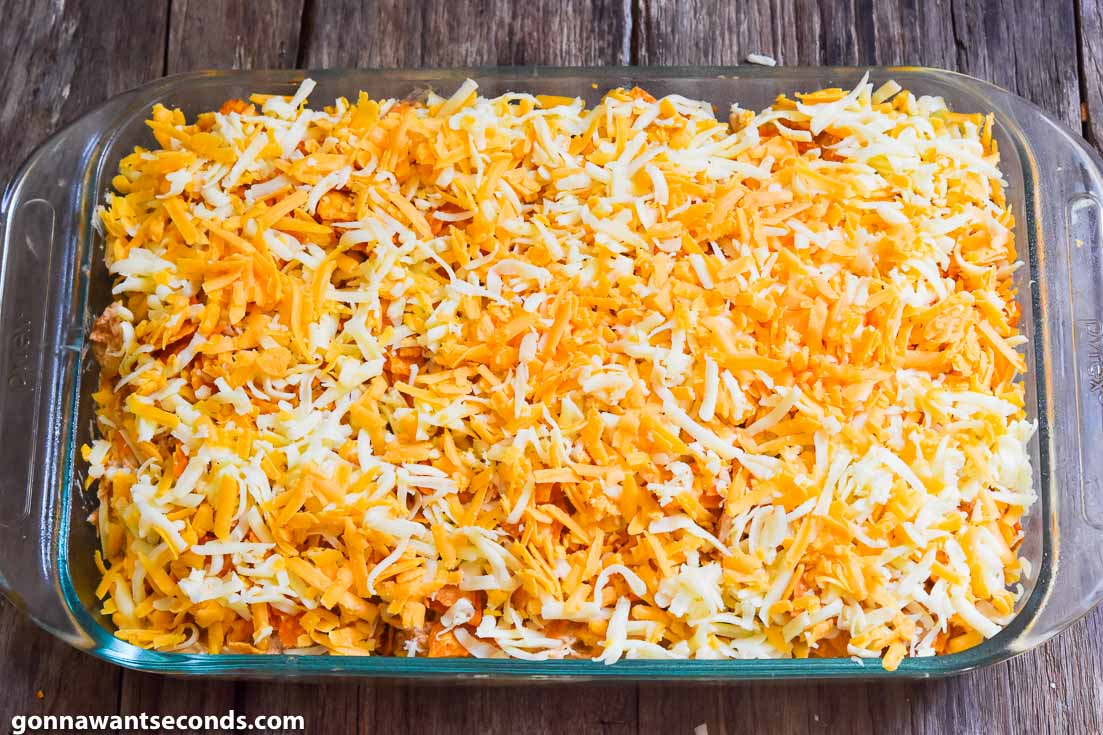 How to make Dorito chicken casserole, putting cheese on top