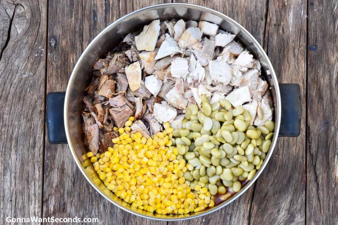 How to make Brunswick stew, adding ingredients in the pot