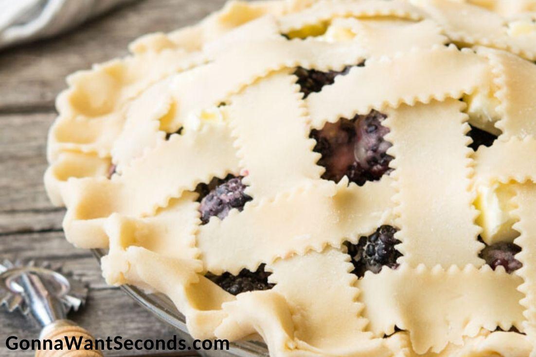 blackberry pie before baking