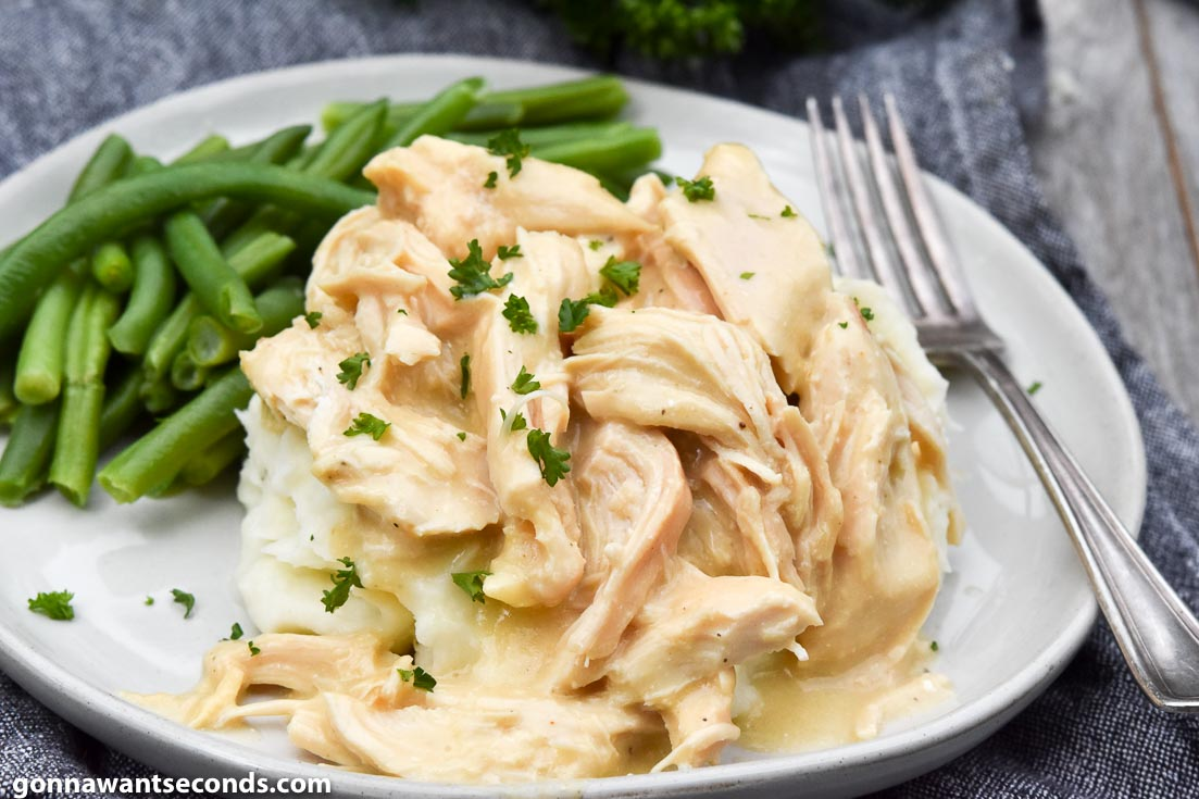 Crockpot Chicken And Gravy with green beans on the side
