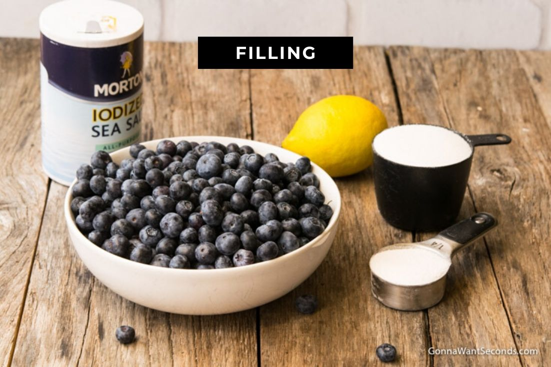How to make blueberry cobbler, prepared ingredients for the filling
