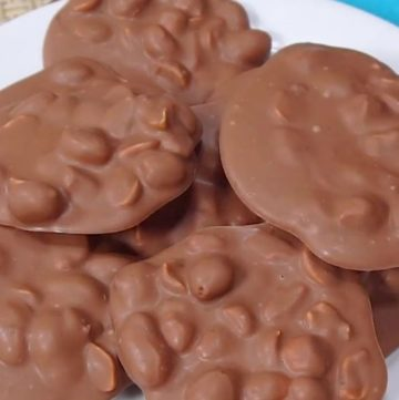 Crockpot candy on a plate