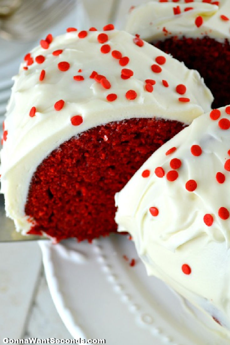 Slicing Red Velvet Bundt Cake
