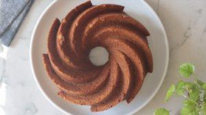 how to make pumpkin bundt cake, bake the cake
